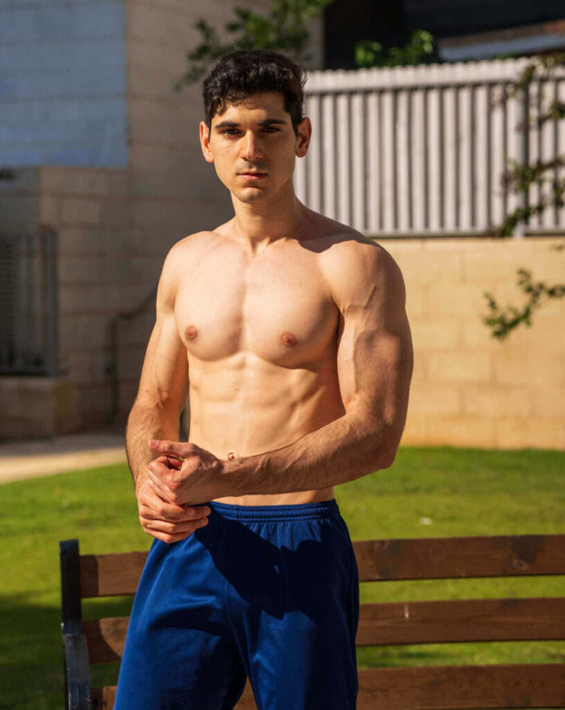 Picture of 23 Years Old Fitness Trainer Elad Michaeli in Blue Trouser